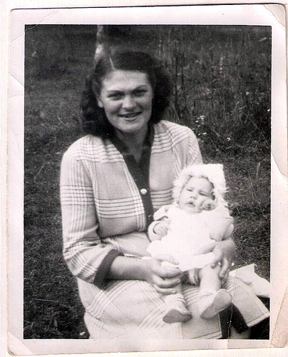 20-Mamaw Aree and Aunt Pat