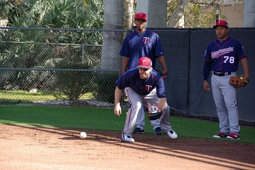 IMGP9811.JPG- Brian Dozier catching the ball and number 78 is Heiker Meneses