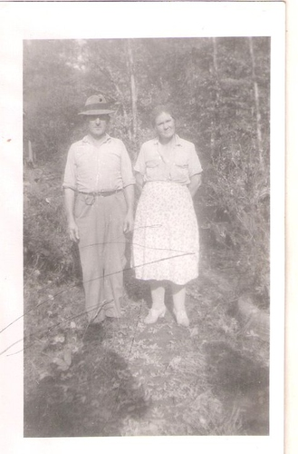 203-Great-Grandparents Shelby & Della YANCEY Laxton