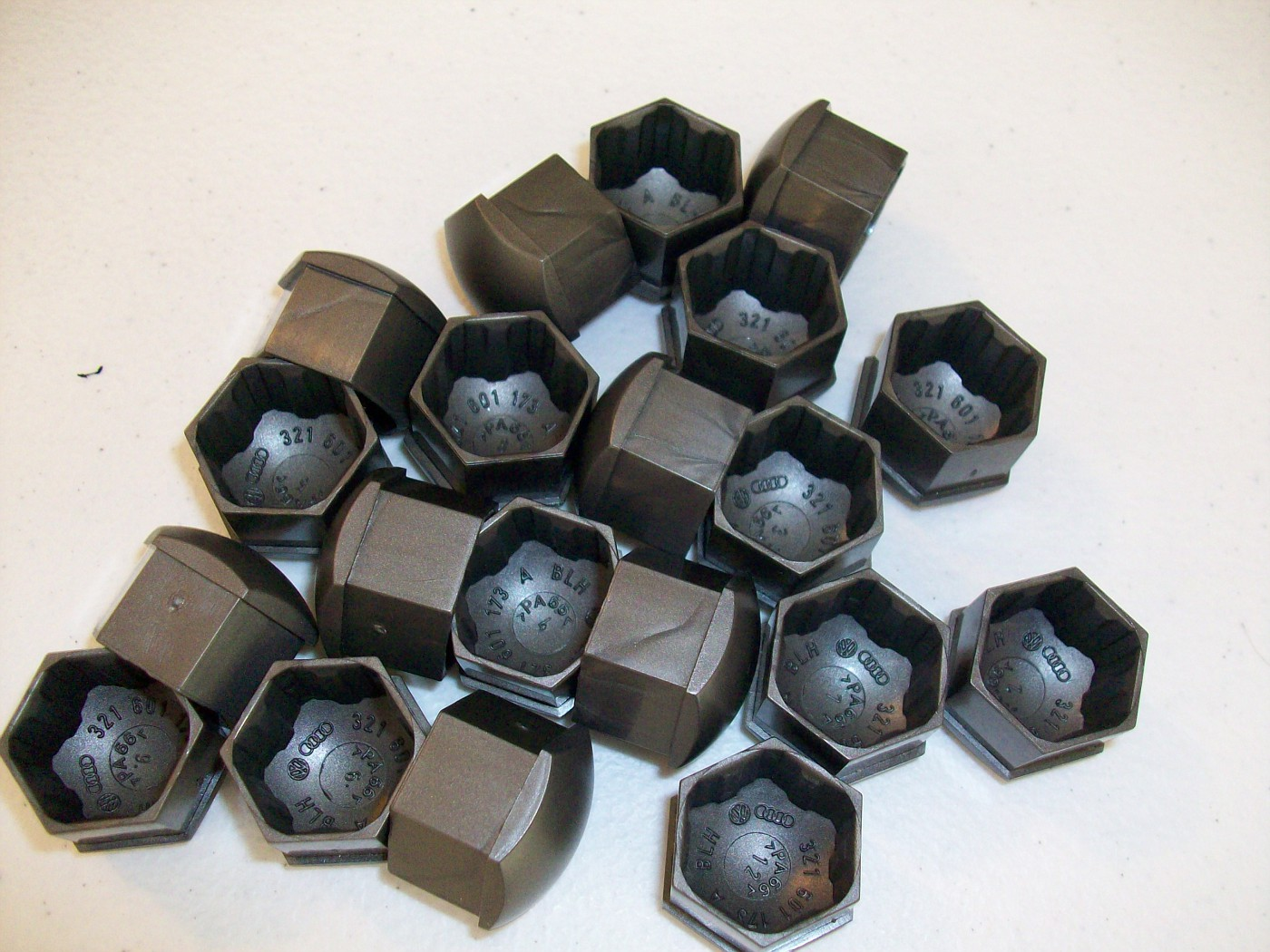 SOLD $15 Lug Bolt Caps - 20 - Dark Gray