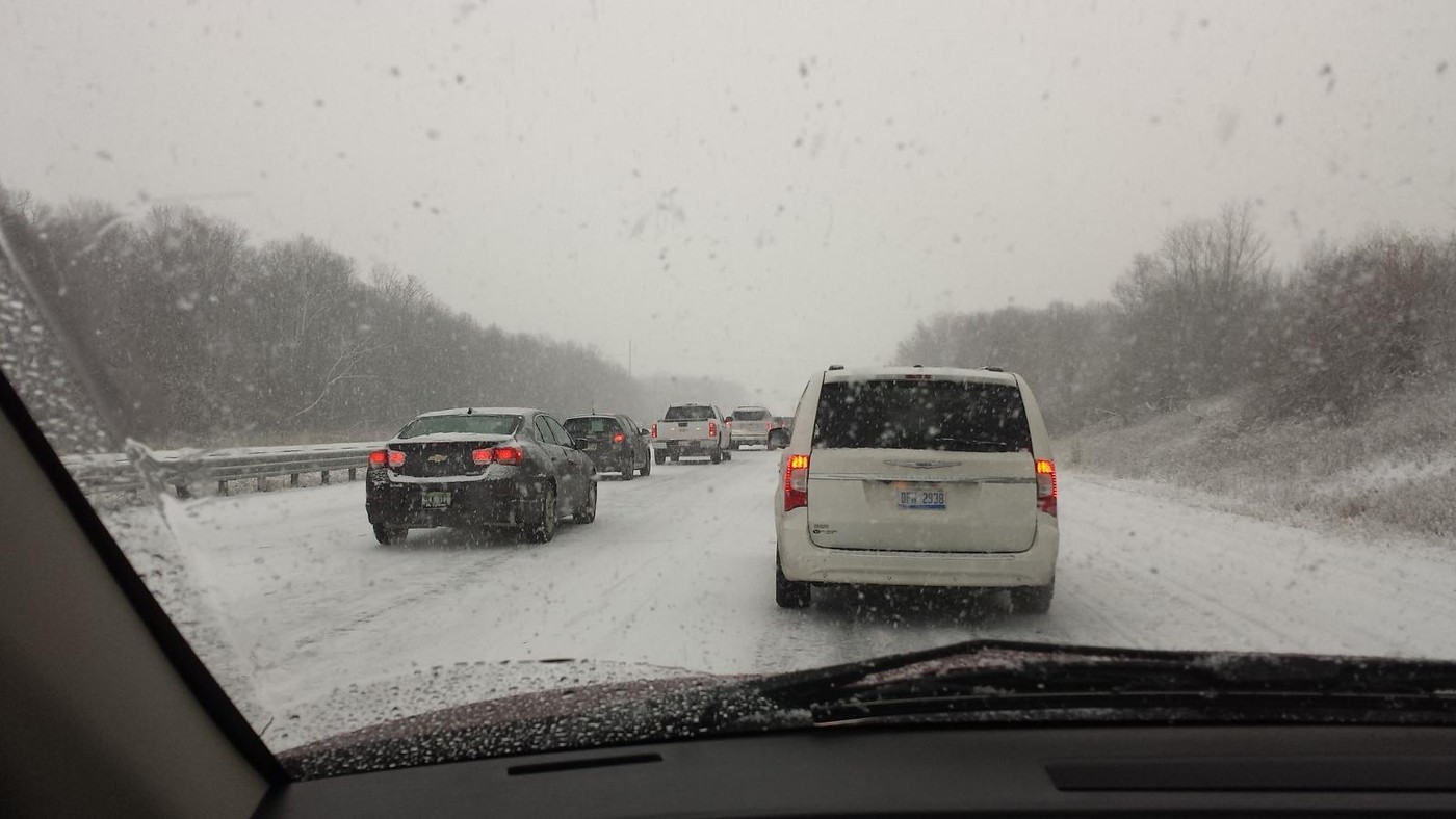 Caught in traffic backup in 40 car pileup - bad weather - on I-75  Dec 11 '16