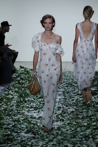 Brock Collection SS18 132